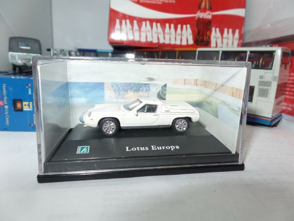 Cararama 1/72 Scale Lotus Europa White